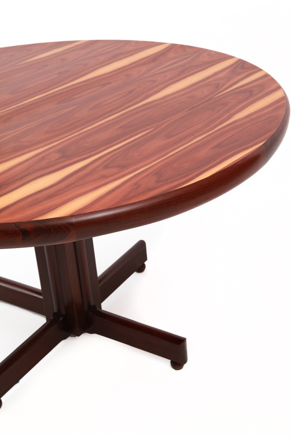 Brazilian-Rosewood-Dining-Table-Sergio-Rodrigues-4-600x900 Large Dining Room Table